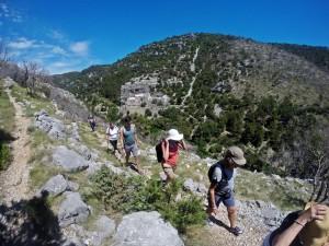 Walking tour and treasure hunt